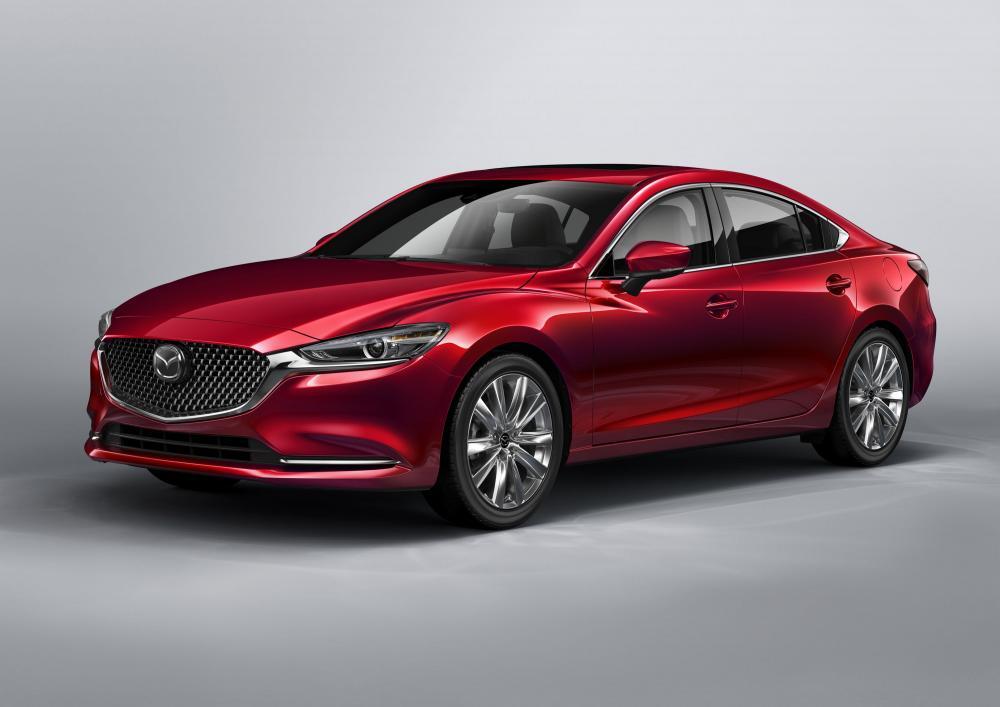 Mazda Mazda6 dengan desain lebih futuristik dan mewah