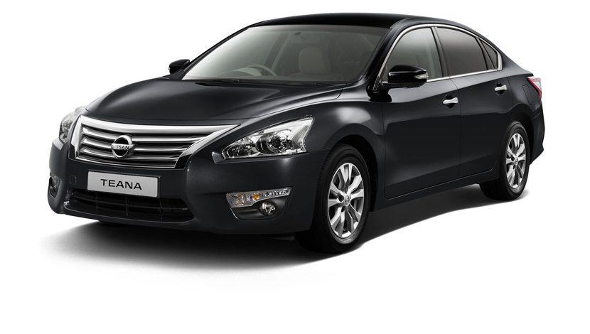 Nissan Teana dengan desain yang lebih sederhana namun elegan
